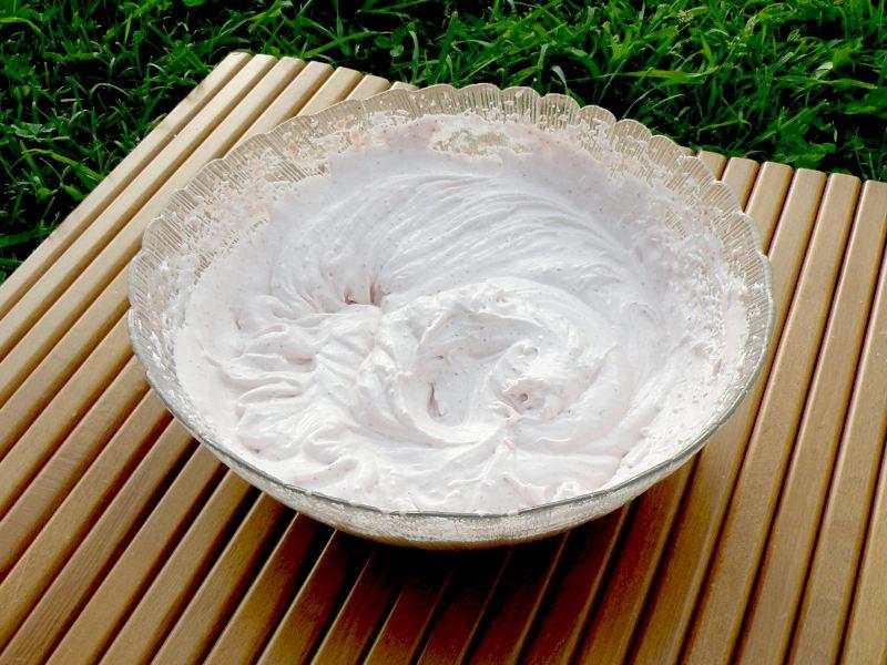 Зефир из клубники - процесс приготовления